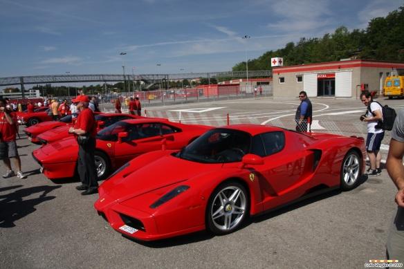 Ferrari Enzo1
