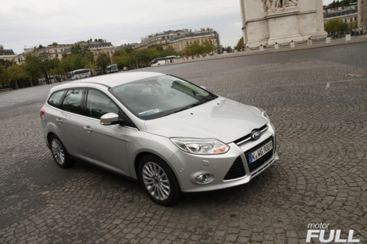 Ford-Focus-Sportbreak-1.6-TDCI-115-CV-Titanium-4-800x532
