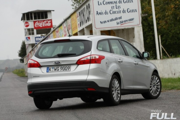 Ford-Focus-Sportbreak-1.6-TDCI-115-CV-Titanium-9-800x532