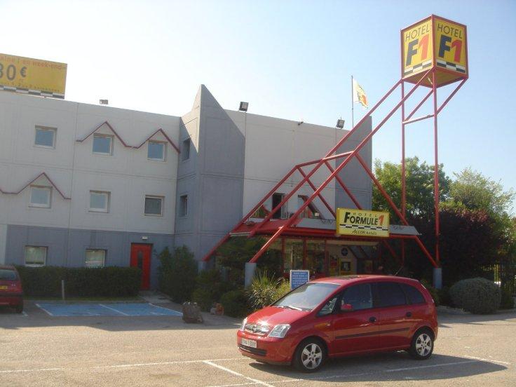 A HOTELS FORMULA 1