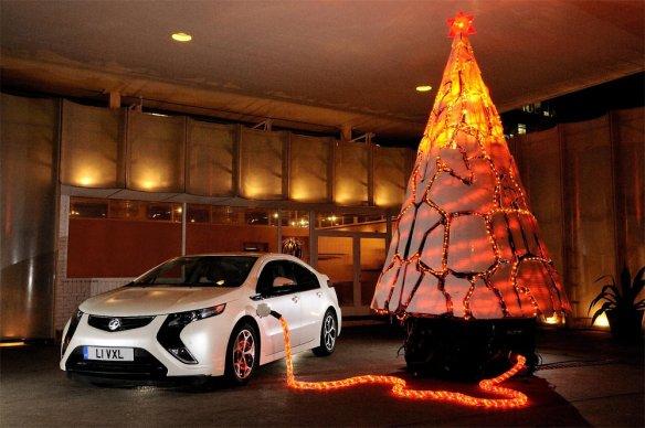 Vauxhall-Ampera-Christmas-Tree