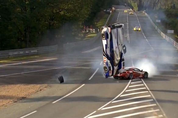 Le-Mans-Crash-Davidson-Toyota-2012-19-fotoshowImageNew-d4de149e-606206