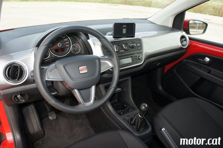 SEAT-MII-INTERIOR-LATERAL