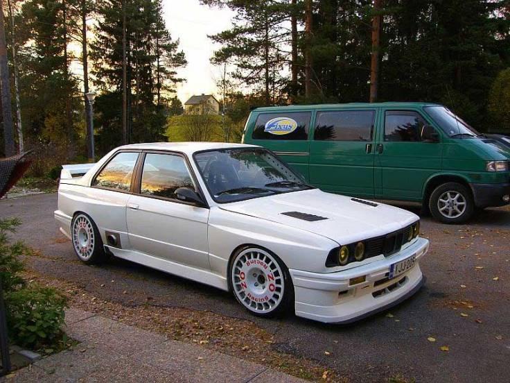 OZ_Rally_Flared_BMW_E30_01