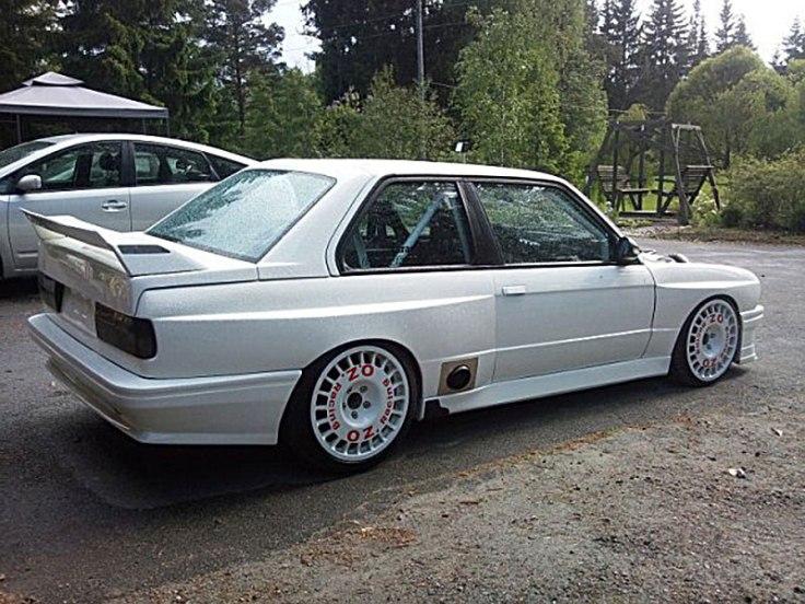 OZ_Rally_Flared_BMW_E30_02