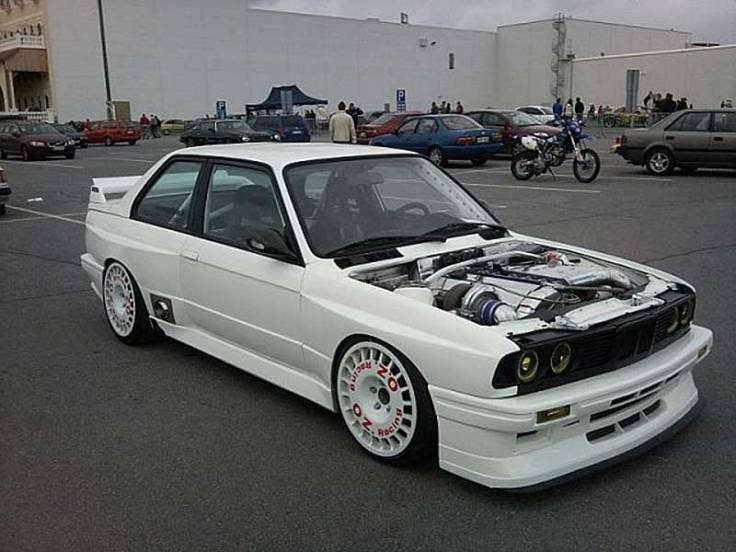 OZ_Rally_Flared_BMW_E30_05