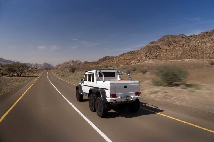 Mercedes-Benz-G63-AMG-6x6-10[2]