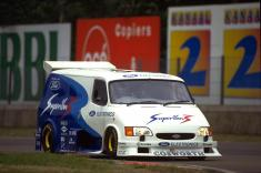 003-1995-Supervan-3.-Same-rolling-chassis-as-Supervan-2-with-a-Cosworth-HB-V8-3.5-litre-engine-which-developed-650-bhp-at-12000rpm.-Top-speed-was-estimated-at-200-mph
