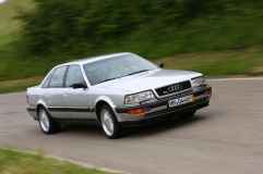 Audi-V8-Frontansicht-19-fotoshowImageNew-8b31a20c-617288