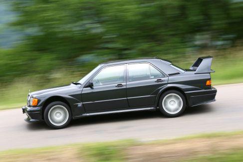 Mercedes-190-E-2-5-16-Evo-II-Seitenansicht-19-fotoshowImageNew-45c2573c-617272