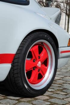 Porsche-911-DP-964-Classic-RS-12[7]