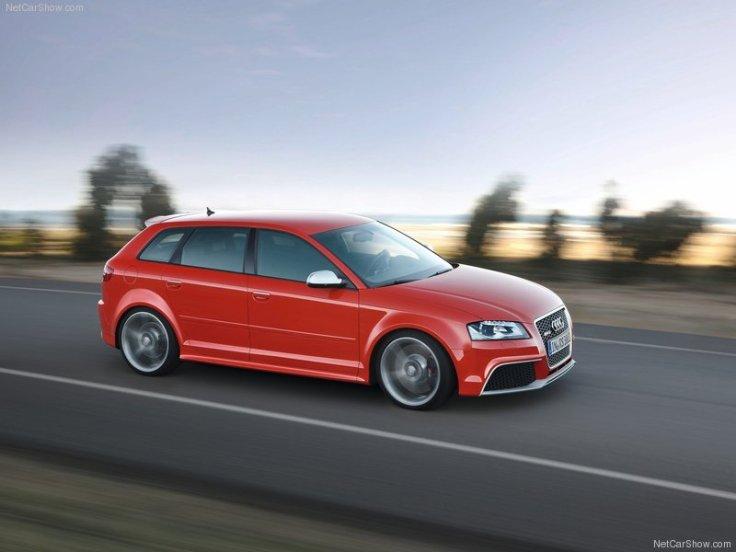 Audi-RS3_Sportback_2012_800x600_wallpaper_07