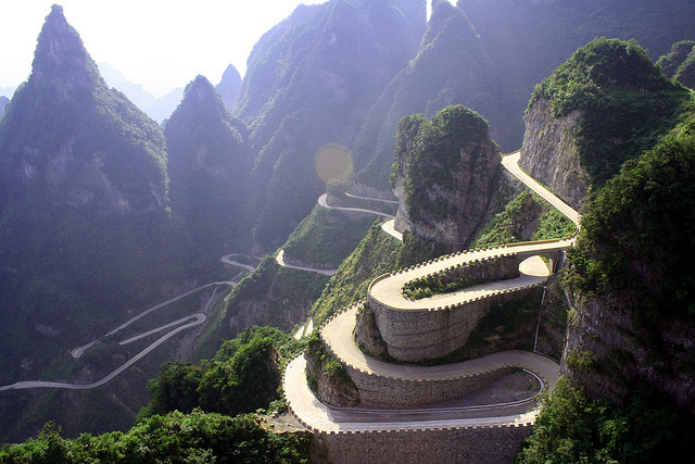 Avenue-Toward-Heaven-Tianmenshan-Mountain-Hunan-1