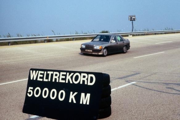 Mercedes-190E-Nardo-Records-4[2]