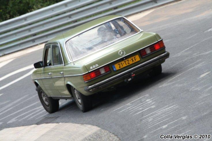 Mercedes-Benz 200E 1