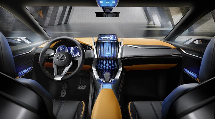 Lexus_LF-NX_700_DM_44
