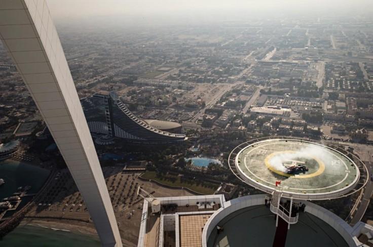 RedBull-Donuts-Dubai_G11-999x665