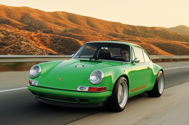 02-singer-911-green