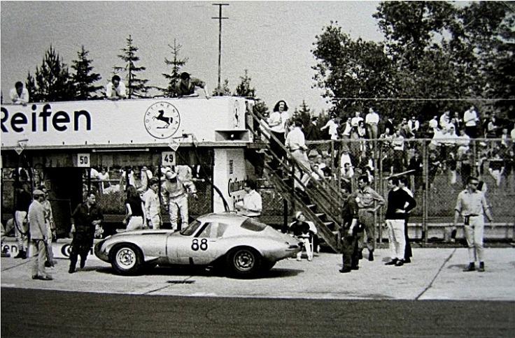 1964-05-31_Jaguar_-_ohne_Helm_Lindner,_Peter
