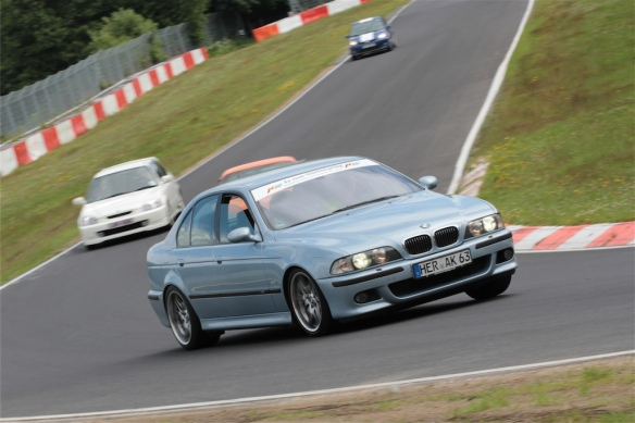 BMW E39 M5 3