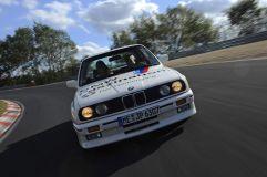 BMW-M3-E30-Ring-Taxi-Baujahr-1987-19-fotoshowImageNew-163ed488-272609
