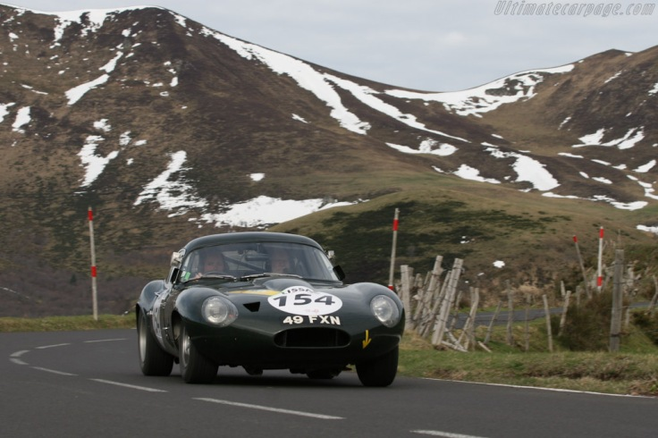 Jaguar-E-Type-Lightweight-Low-Drag-Coupe_10
