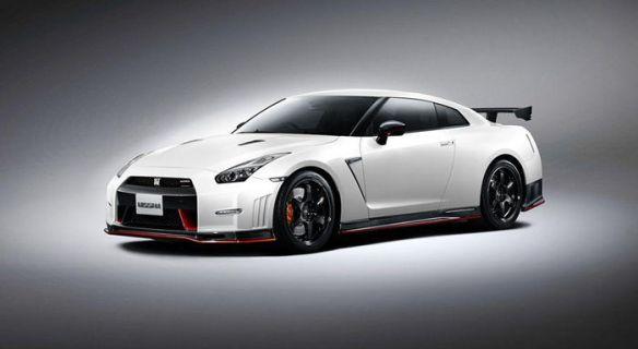 Nissan_GT-R_Nismo_DM_1