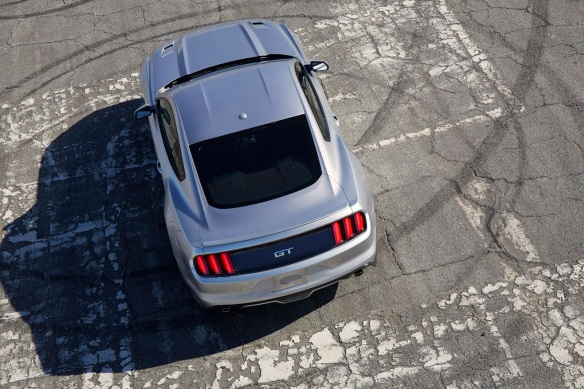 rear overhead, static, silver