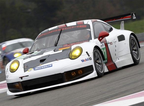 Porsche-911-Type-991-RSR-4
