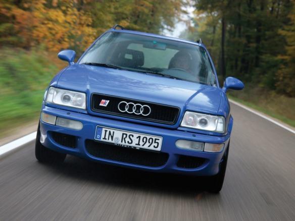 Audi 80 und Audi A4 ? Audi feiert sein zehnmillionstes Auto in der Mittelklasse: