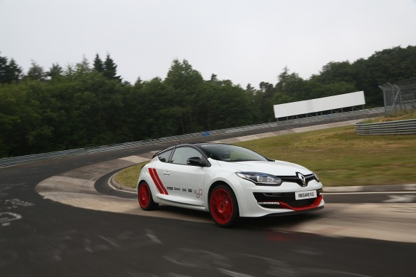 renault-megane-rs-275-trophy-r-sets-new-nurburgring-lap-record-75436_33