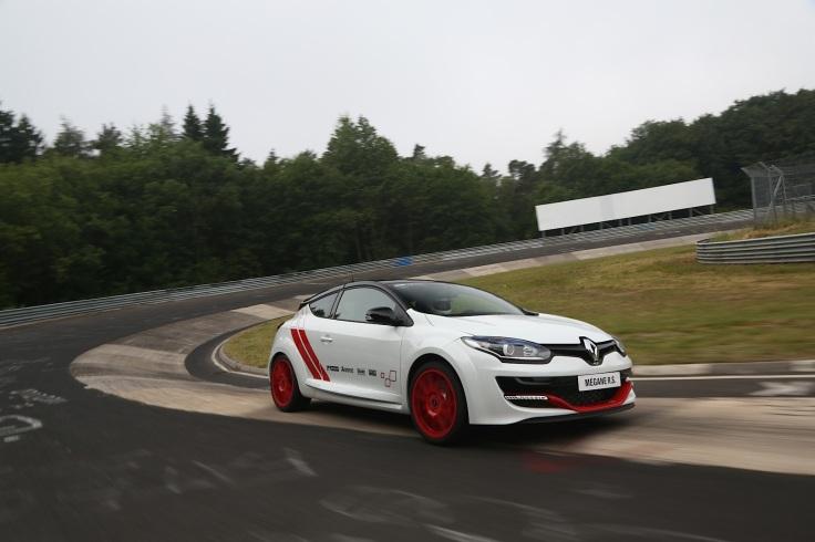 renault-megane-rs-275-trophy-r-sets-new-nurburgring-lap-record-75436_33